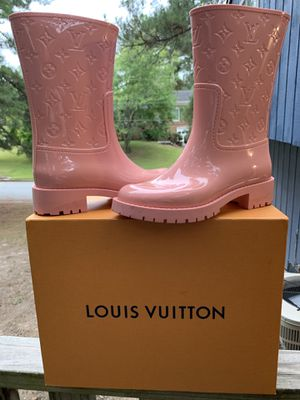 Lv rain boots for Sale in East Point, GA