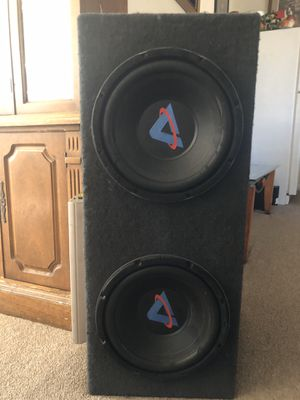 Speakers with 300w amp. for Sale in Clinton, MD