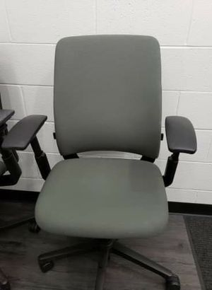 Amia Steelcase ergonomic office chairs 15 available for Sale in San Diego, CA