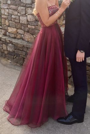 Sherri Hill Size 2 Prom Dress for Sale in Summerfield, NC