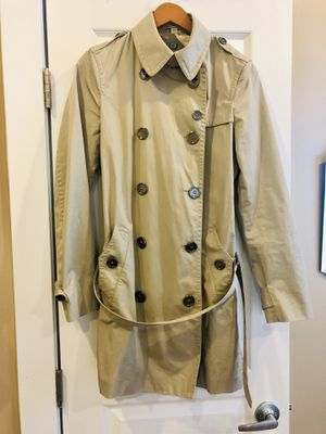 Burberry Brit Women's Trench Coat - Size US10 for Sale in Washington, DC