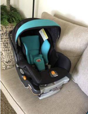 Car seat Chico KeyFit 30 infant for Sale in Otis Orchards, WA