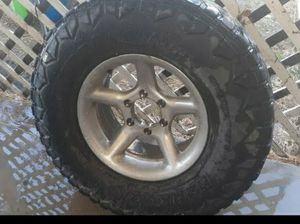 Chevy rims an tires Lt285/75R16 for Sale in Homeland, CA