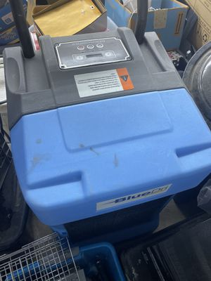 BlueDri dehumidifier for Sale in Overgaard, AZ