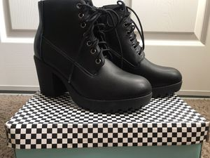 Women's brand new booties size 9 for Sale in Rancho Cucamonga, CA