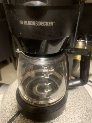 Black and decker coffee maker for Sale in Providence, RI