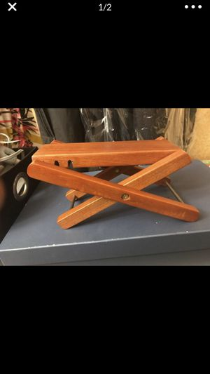 Guitar foot stool for Sale in San Bernardino, CA