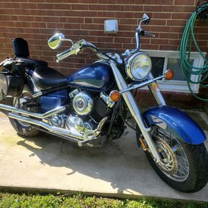 01 yamaha v star 650cc nothing wrong 8000 mileage $3100 for Sale in Brentwood, MD