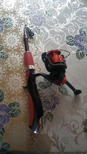 Brand new fishing pole whit reel for Sale in Los Angeles, CA