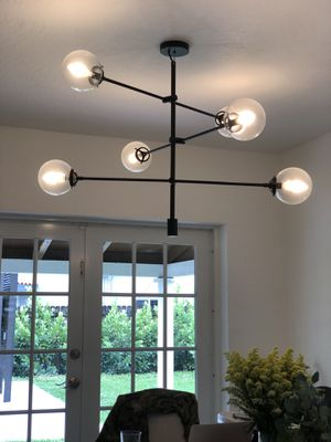 Bailey Antique 6-light Chandelier for Sale in Miami, FL