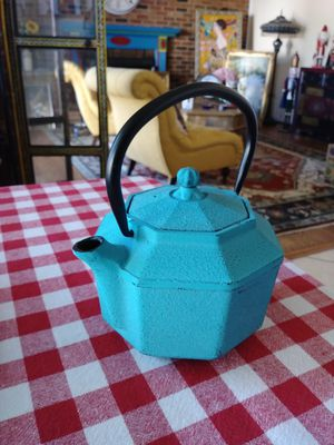 New iron teapot for Sale in Gaithersburg, MD