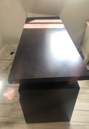 Office desk for Sale in Hialeah, FL