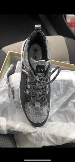 Michael kors tennis shoes for Sale in Tampa, FL