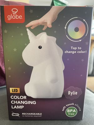 globe rylie unicorn color changing lamp for Sale in Fullerton, CA