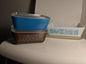 Vintage Pyrex Amish Butterprint, Turquoise, and Brown for Sale in Orlando, FL