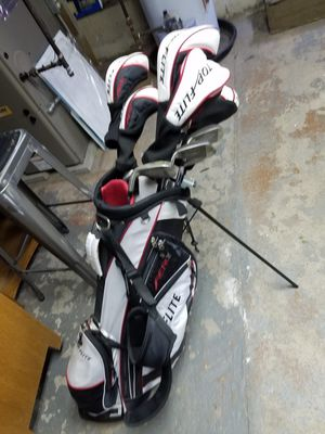 Top Flite Aero golf clubs set for Sale in Cuyahoga Falls, OH