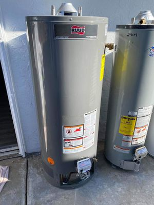 50 gal water heater for Sale in San Diego, CA
