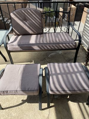 Free patio furniture for Sale in Las Vegas, NV
