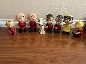 Hungerford Peanuts figures United features syndicate 1958 snoopy lucy linus charlie brown schroeder sally for Sale in Anaheim, CA