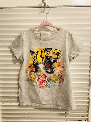 Gucci girls t-shirt Lyon emblem and flowers 💐 for Sale in Riverside, CA