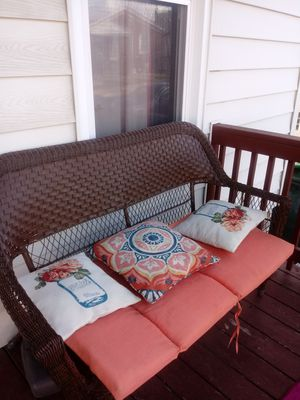 Nice Patio Furniture for Sale in St. Louis, MO