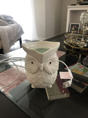 Scentsy Owl Wax Melter for Sale in Tampa, FL