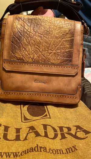 Cuadra Messenger bag for Sale in Aurora, IL