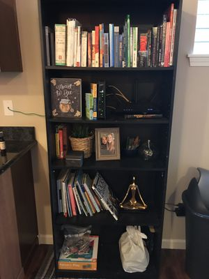 Not too sturdy bookshelf for Sale in Dallas, TX