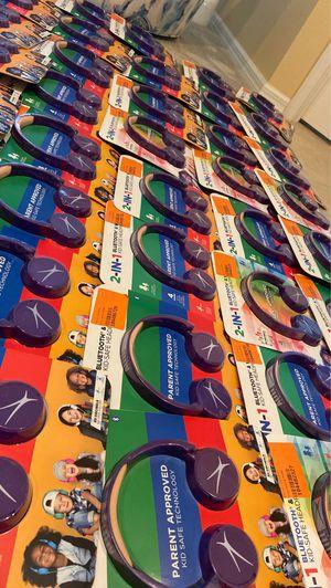 Kids Bluetooth headphones 4hr runtime for Sale in Gibsonton, FL
