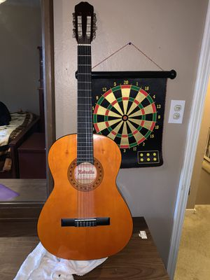 Wood guitar (works good) for Sale in Sacramento, CA