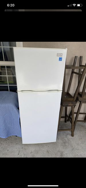 Refrigerator for Sale in Stockton, CA