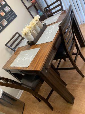 Kitchen Table for Sale in Altamonte Springs, FL