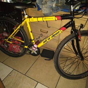 26 Inch Mens Mountain Bike for Sale in Tempe, AZ