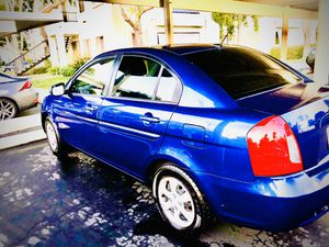 2010 hyundai accent - low miles - clean Carfax - $4200 for Sale in San Diego, CA