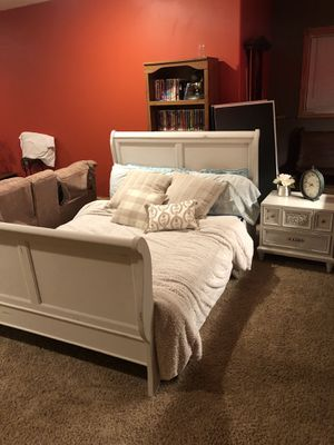 Queen sleigh bed frame and night stand for Sale in Niles, MI