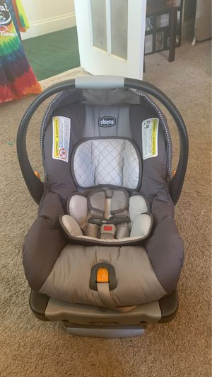 chicco car seat and base for Sale in Allen, TX