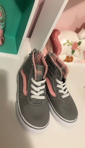 Size 7 toddler girl vans Brand New $15 for Sale in Saugus, MA