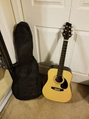 Stagg guitar and soft carry bag for Sale in Forest, VA