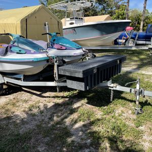 Two Waverunners With Trailer for Sale in FL, US