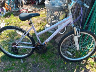 "( Used) 26"" tires roadmaster bike In Good Condition for Sale in Grand Prairie,  TX"