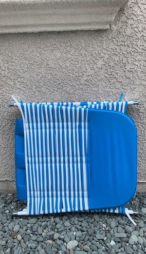 Folding lawn chair for Sale in San Leandro, CA