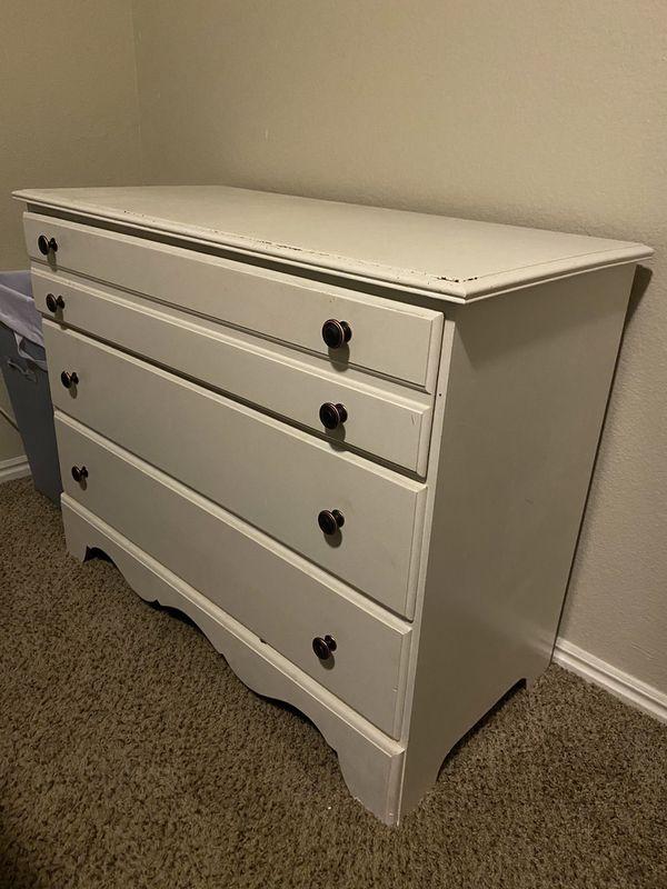 3 Drawer Dresser (White)