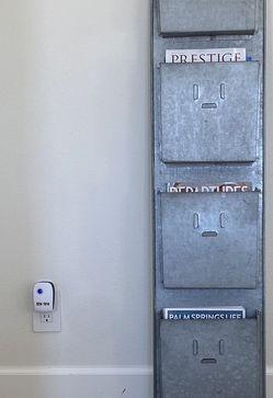 Magazine Wall Rack for Sale in Newport Beach,  CA