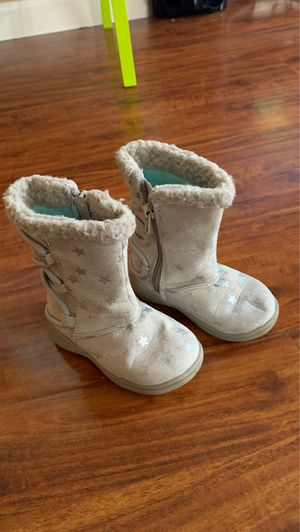 Toddler girl boots size 5, Carter's for Sale in Irvine, CA