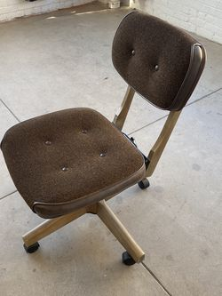 Vintage Desk Office Chair for Sale in Los Angeles,  CA
