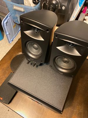 Klipsch THX audio speakers for Sale in Brooklyn, NY