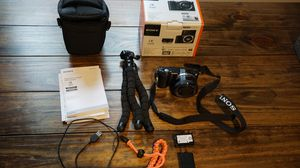 Sony A5000 Camera Kit for Sale in Tampa, FL