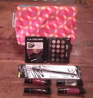 New Clinique Make-up Bag Kit for Sale in Calvert City, KY