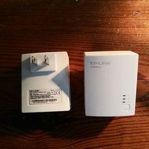 Tp link internet extender ethernet wifi for Sale in Norfolk, VA