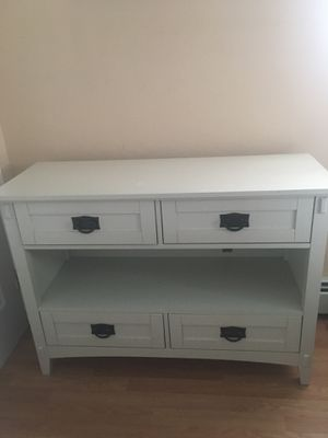 TV /console table. for Sale in Toms River, NJ